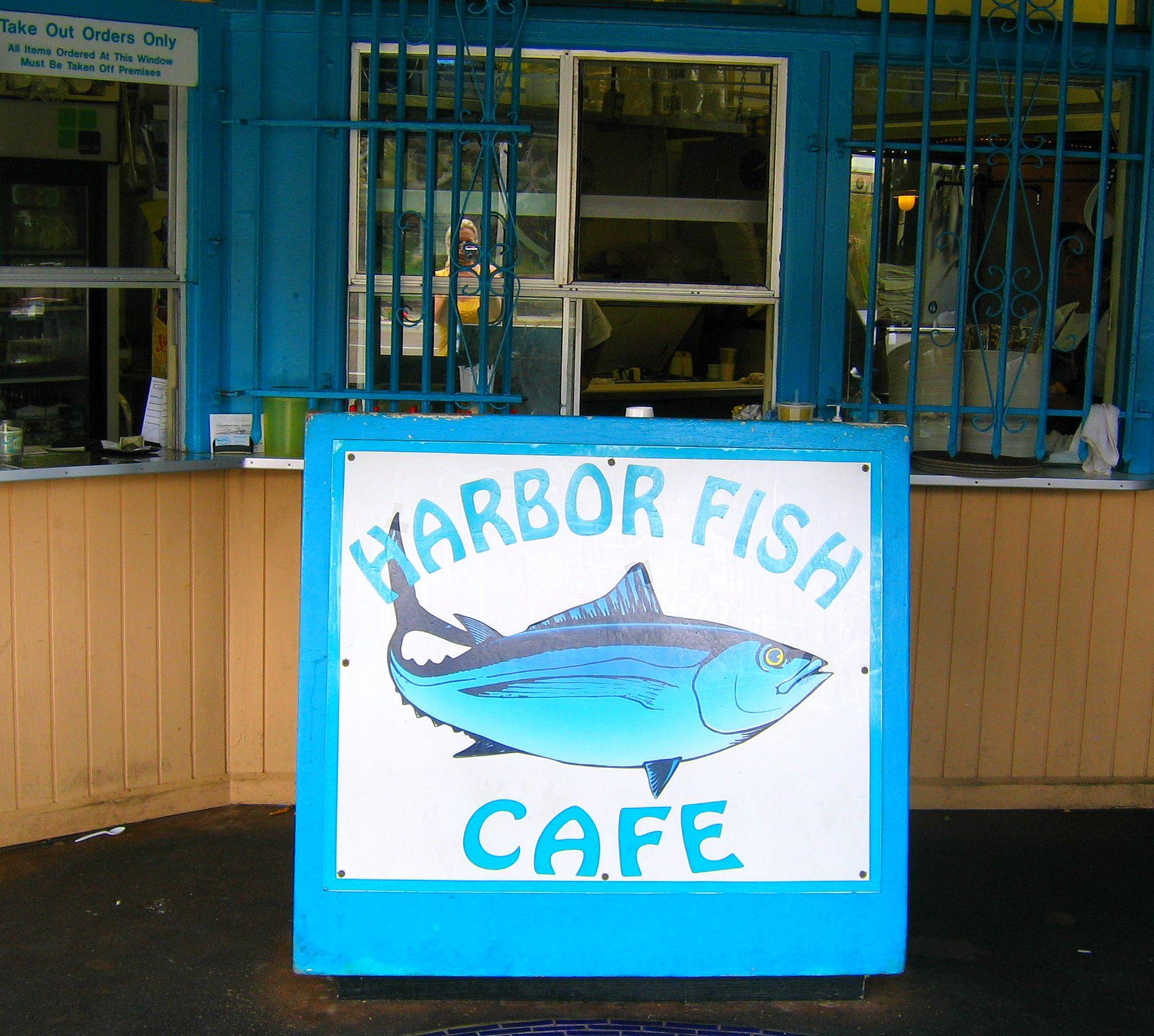 Travelbloggertonasaurus local seafood san diego harbor for Fish restaurant carlsbad